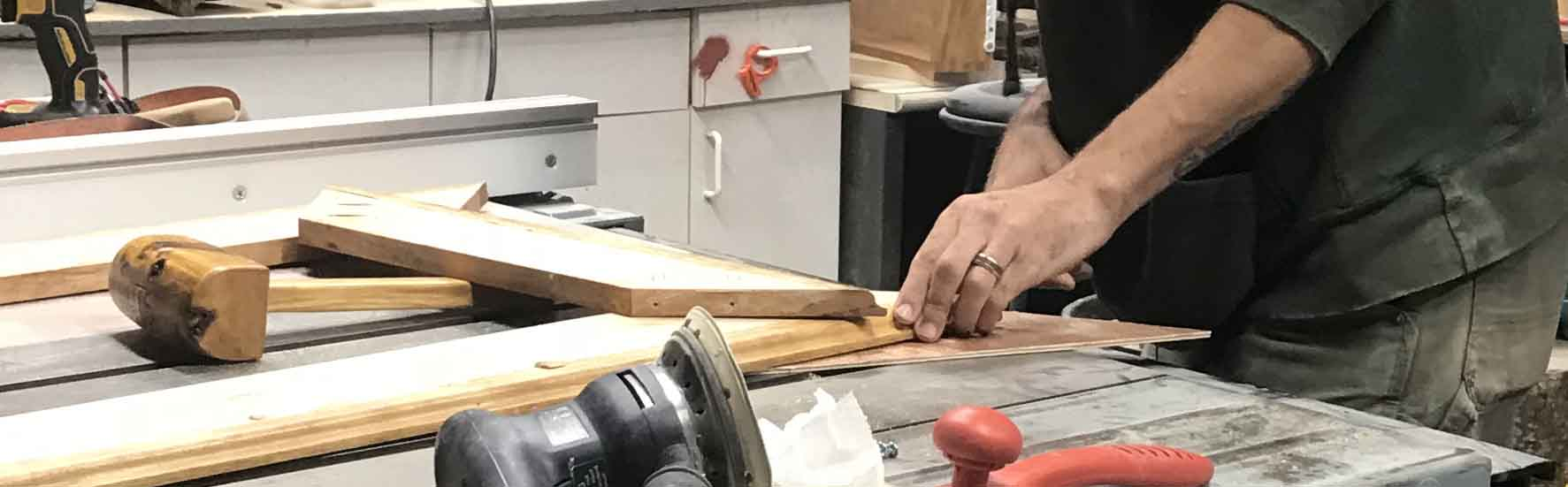 Robert Wright Woodworking & Restoration: Workshop